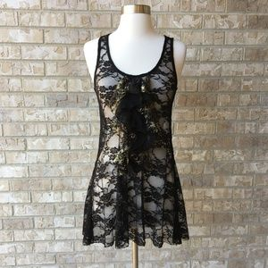 NWT BKE Boutique Lacy Black Gold Cami Buckle S